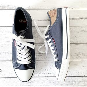 Levi's   Navy Canvas Sneakers